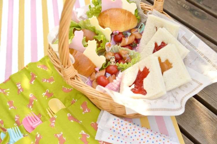 パン好きにうれしい洋風弁当。おかず系とデザート系、2種をバスケットに入れれば草原ピクニックへGO!?