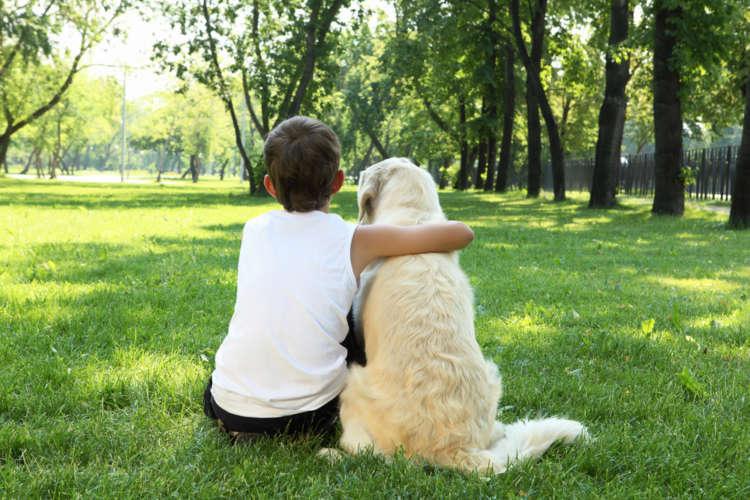 犬と人間のつながりの歴史。どうして人間は犬と暮らすようになったの?
