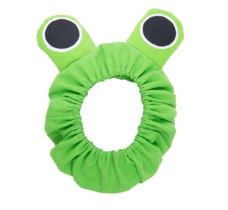 ●衣装:簡単にカエルになれる便利アイテム/スタイリスト制作