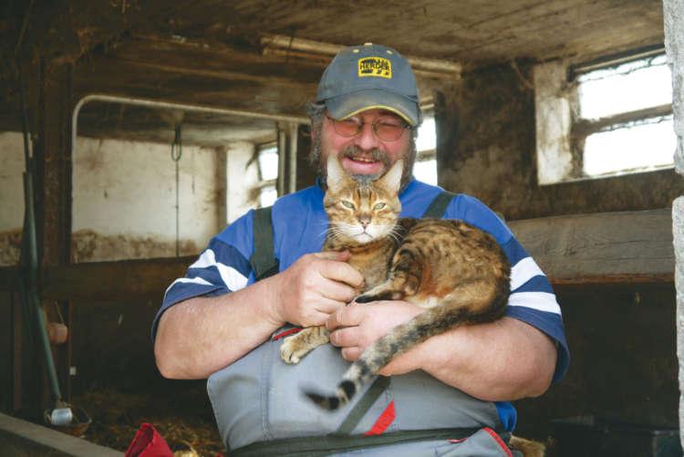 【猫びより】160匹の動物たちが暮らす ドイツの小さな楽園(辰巳出版)