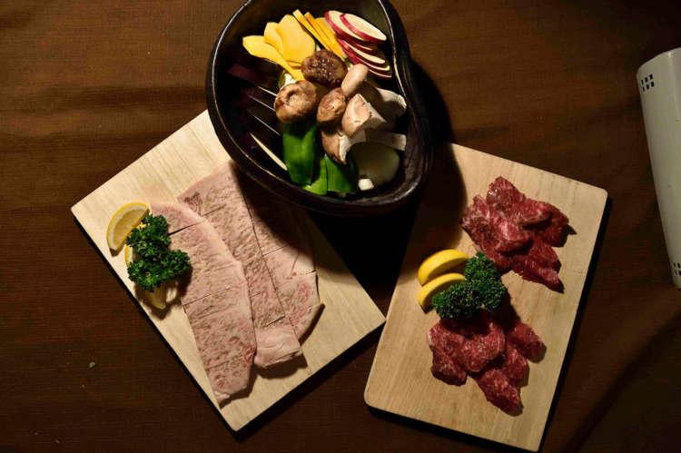 人も犬もおいしい肉料理を堪能