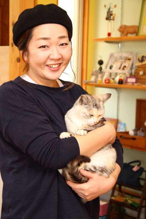 オーナーの柳沼有加さん(38歳)とnanaちゃん