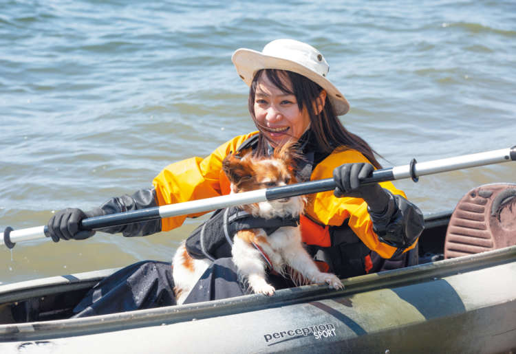 木村先生に教わったことを思い出し、一生懸 命漕ぐheanaさん。かく手はとてもスムーズ になりました